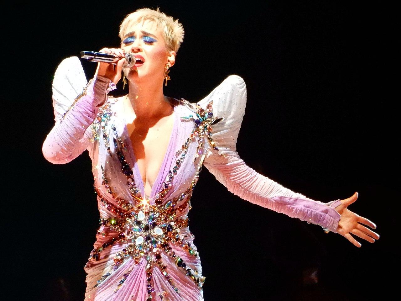 Uñas gel Katy Perry